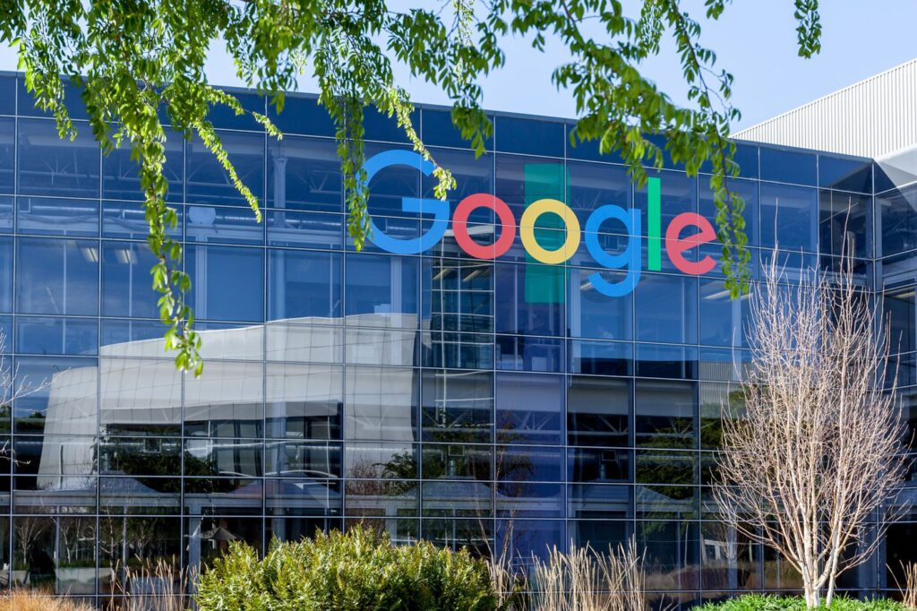 Google considers cutting production of AI tools for fossil fuel firms